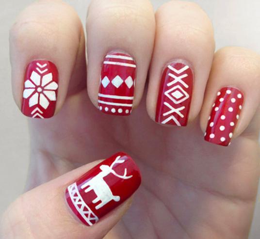 Nail art scandinave pour les fêtes